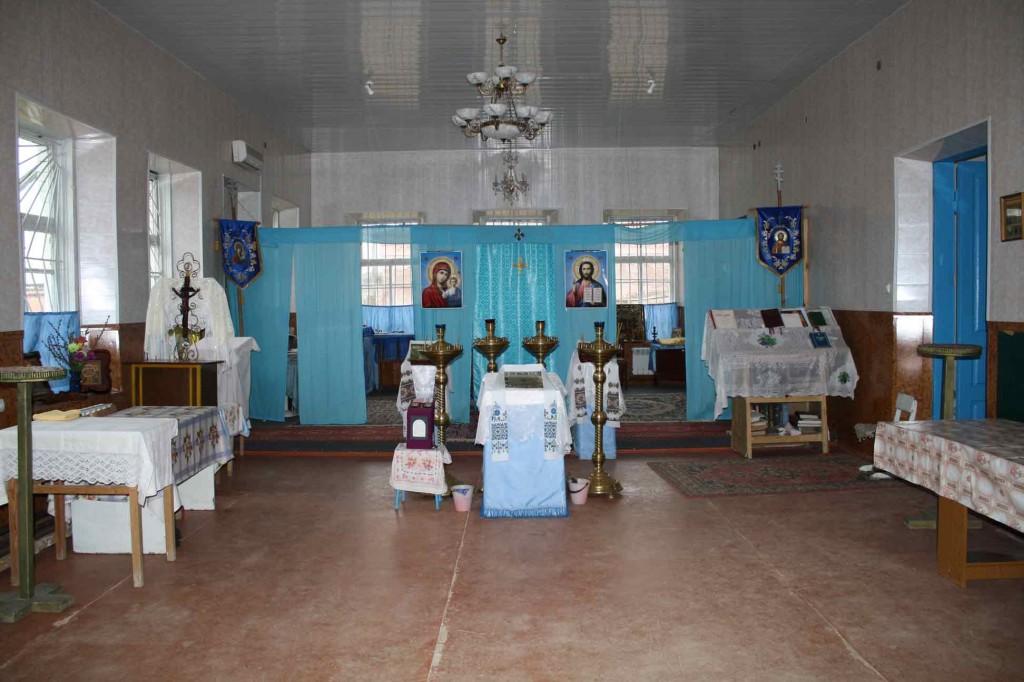 12. Внутренний вид храма 2007 г.